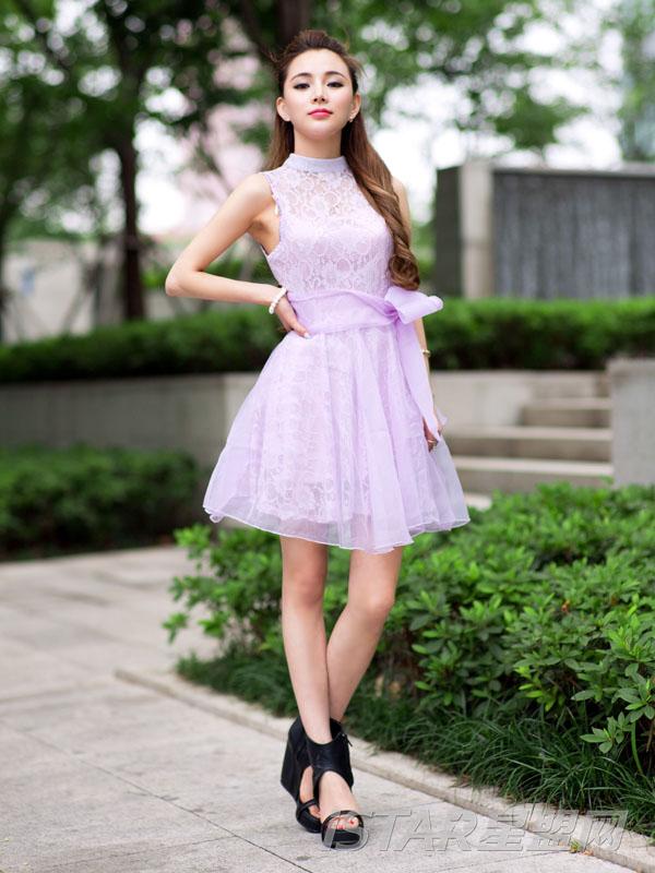 蝴蝶结蕾丝无袖连衣裙