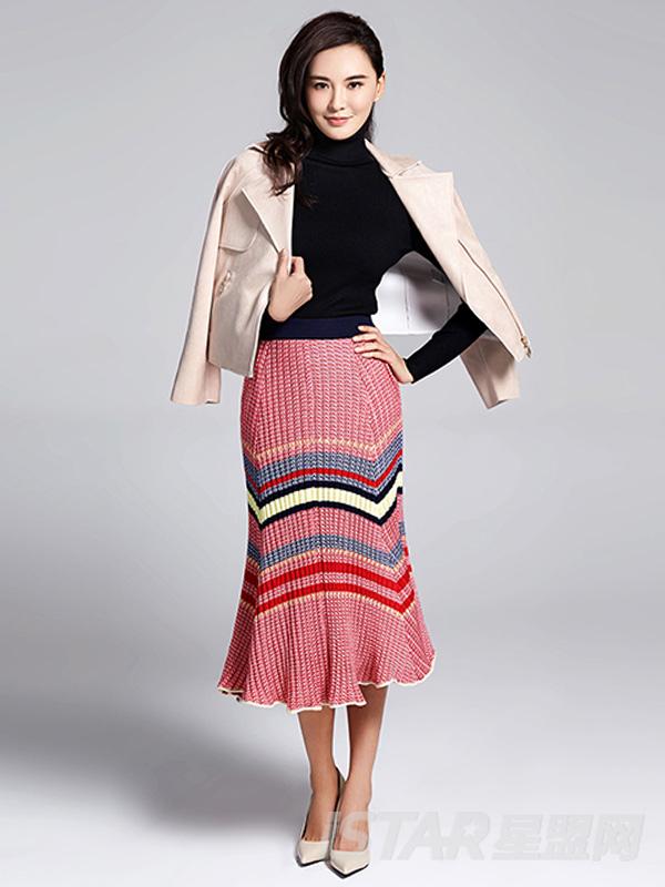 条纹半身大摆裙