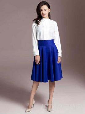 蓝色大裙摆半身A字裙