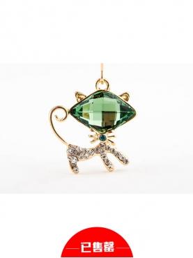 卡通绿色施华洛世奇猫猫耳环