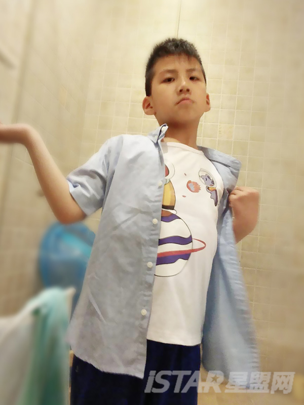 Mr Hu 儿童猴子浅蓝色短袖牛仔衬衫