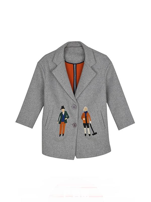 潮流灰色刺绣图案时尚大衣