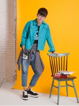 纯色复古印花时尚外套