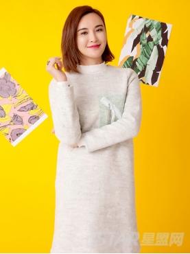 纯色个性装饰圈圈毛呢连衣裙