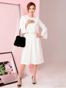欧美时尚圆领喇叭袖连衣裙