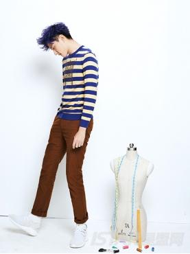 Dorayaki品牌拼色条纹温暖休闲毛衣