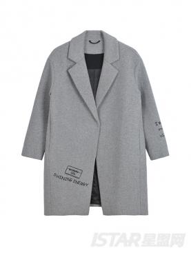 简约字母印花设计高级灰优雅风衣