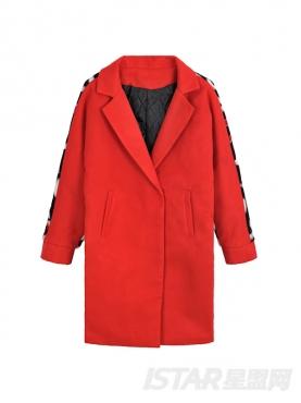 时尚红个性后背字母装饰潮流风衣
