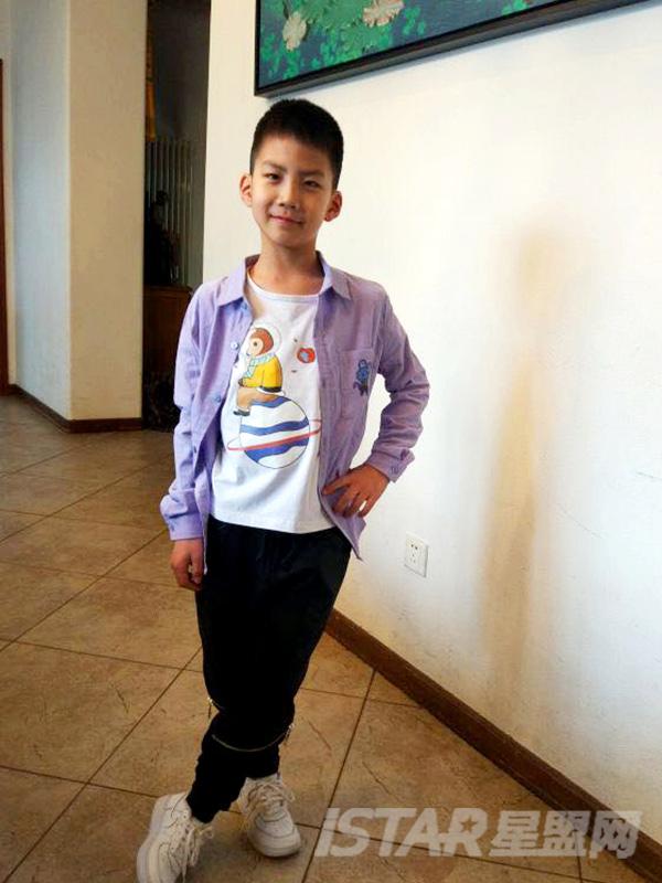 MR.HU品牌马卡龙嫩色儿童时尚休闲衬衫