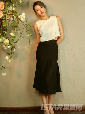 时尚不规则百褶半身长裙