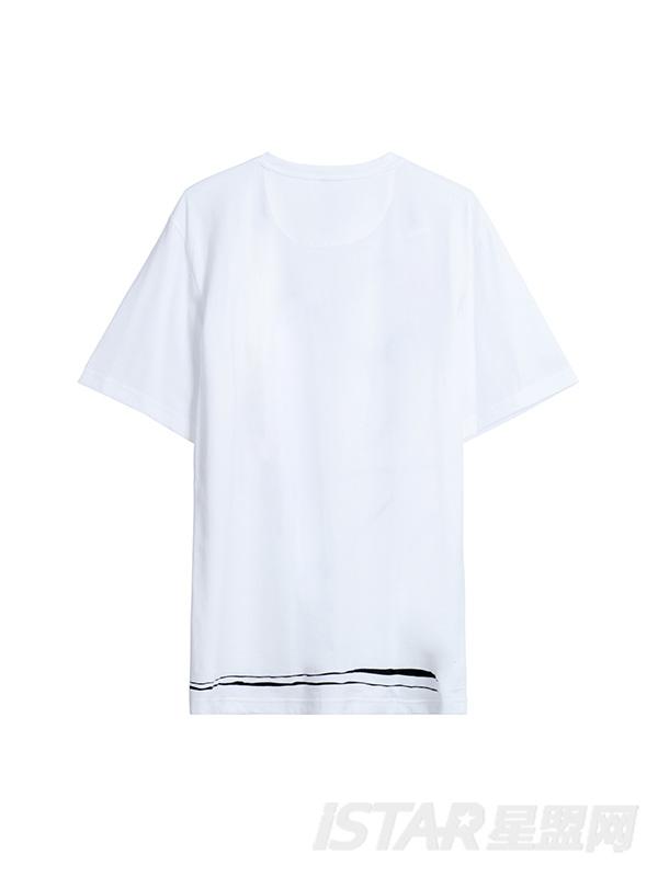 人形印花个性T恤