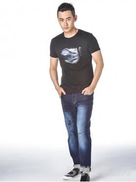经典蓝时尚卷边九分休闲牛仔裤