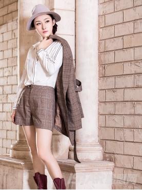 休闲格子时尚舒适修身短裤