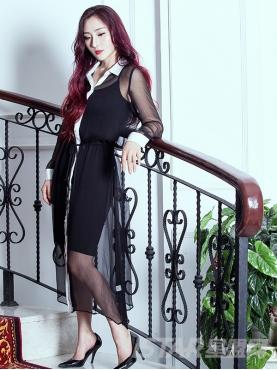 经典黑白真丝撞色衬衫连衣裙
