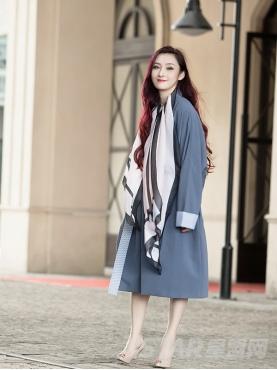 优雅蓝oversize廓型时尚大气个性拼接舒适风衣