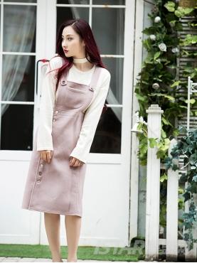 优雅粉个性不对称纽扣装饰秋冬毛呢背带裙
