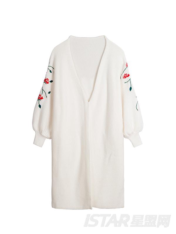 刺绣灯笼袖针织外套