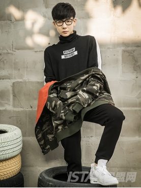 个性几何线条黑色针织休闲运动裤