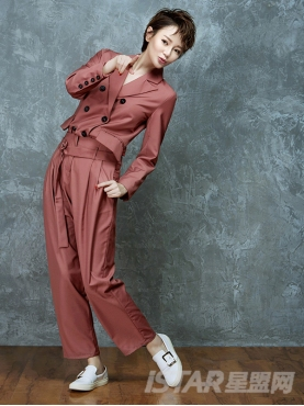 中性风豆沙色宽松西装套装高腰宽松长裤