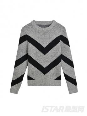 优雅黑灰条纹撞色装饰舒适圆领保暖修身毛衣