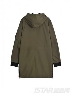 @董岩磊 潮流军绿个性撞色装饰宽松休闲中长款风衣外套