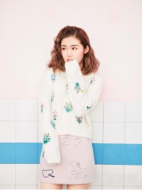 @蒋赫 甜美多色植物花朵刺绣装饰温暖舒适保暖针织衫