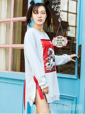 中国风不规则图案拼贴中长款卫衣