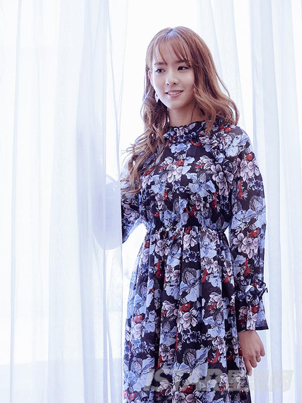 雪纺红鲤鱼印花收腰连衣裙