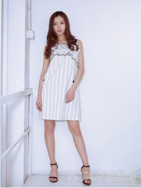 优雅条纹个性抽褶装饰粗吊带气质露肩修身连衣裙