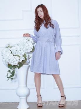休闲圆领时尚喇叭袖口条纹收腰优雅连衣裙