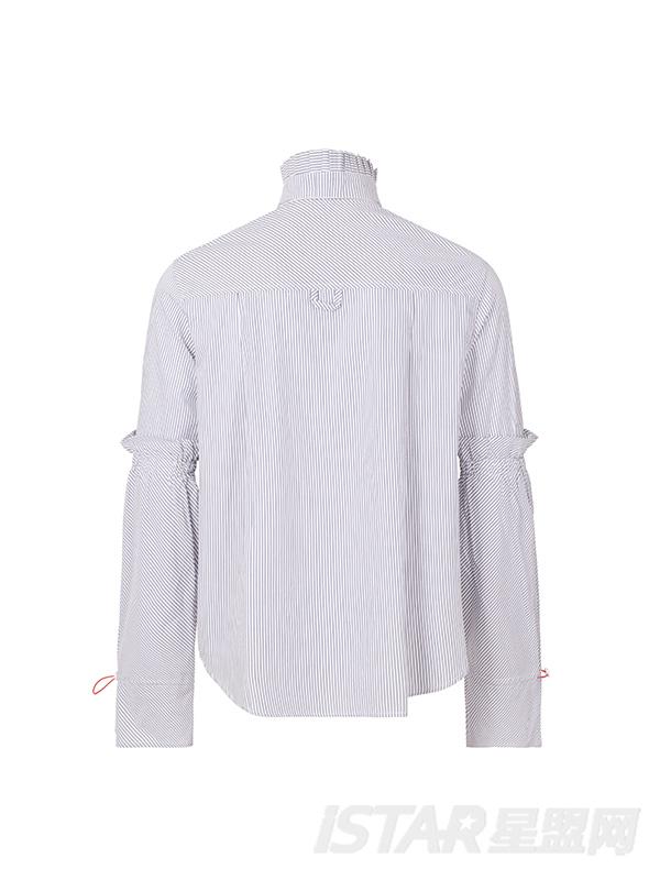 小喇叭袖衬衫