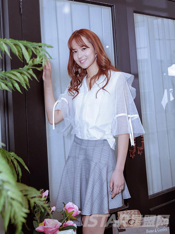 透明蕾丝袖T恤