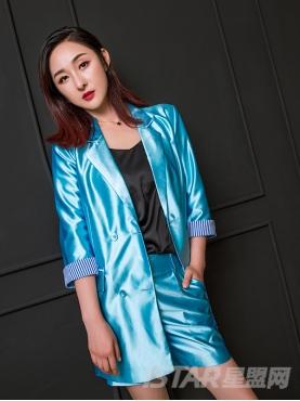 珠光蓝个性露背时尚大气潮流西服套装