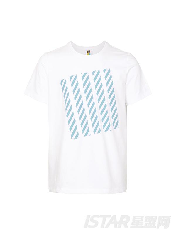 白色镶蓝白条纹T恤