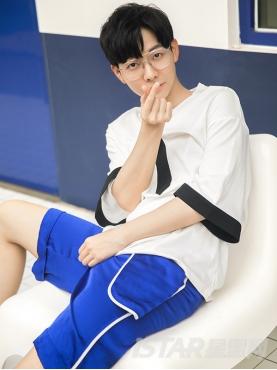 潮流光感蓝白色包边口袋时尚休闲舒适中裤