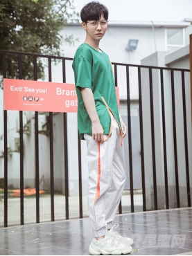 经典灰色简约腰部抽绳舒适收脚休闲运动长裤