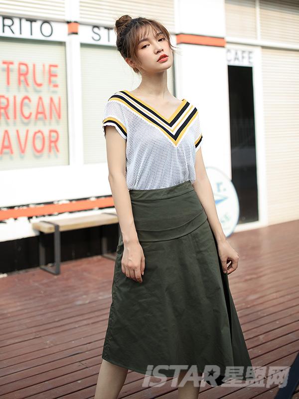 军绿色不规则女半身裙