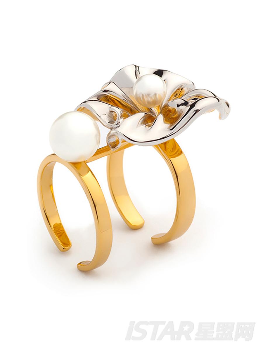 SECRET GARDEN 系列    花瓣珍珠戒指