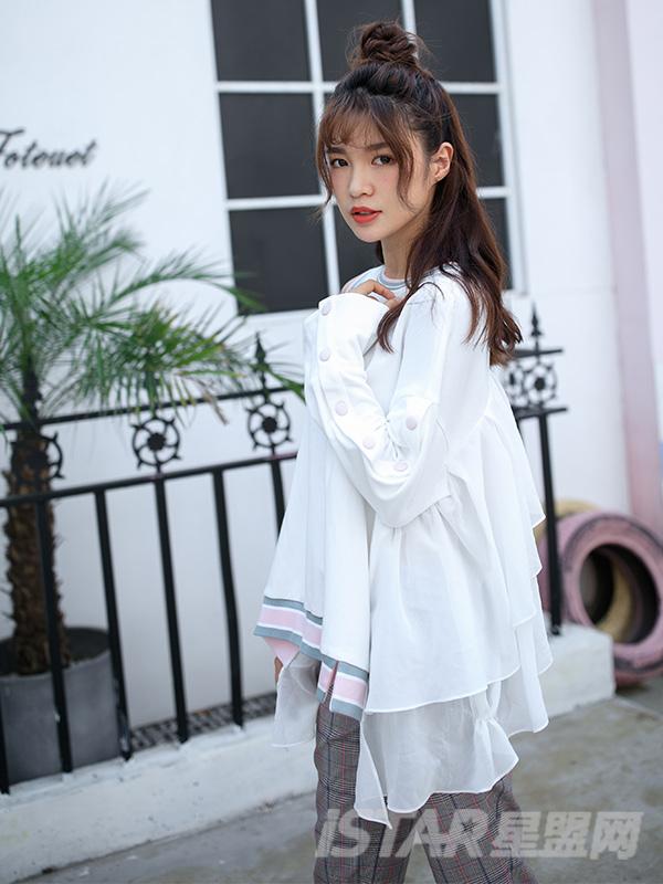 雪纺螺纹撞色长袖设计感女卫衣
