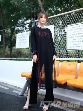 酷黑设计纱网刺绣装饰外长里短时尚个性卫衣