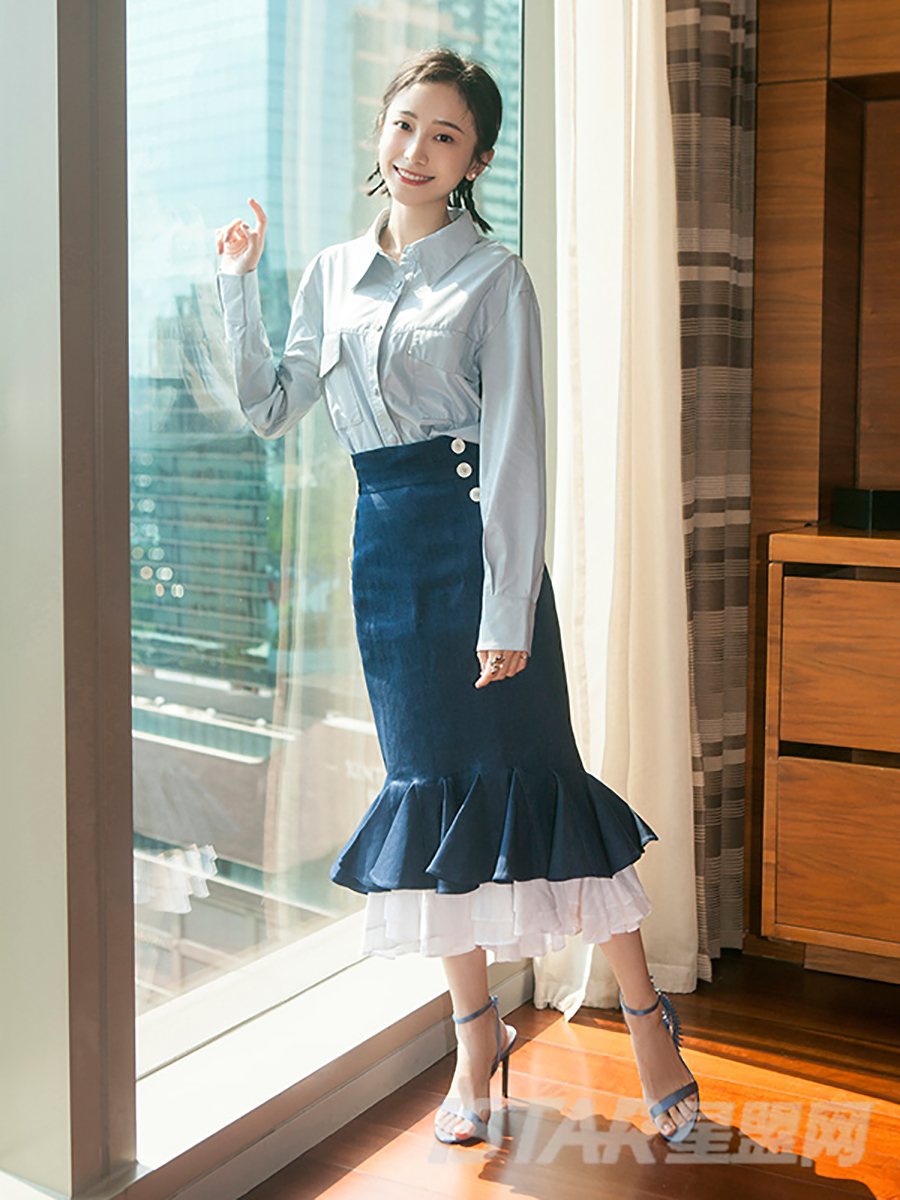 姜梓新同款多层波浪包身鱼尾裙