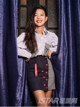个性肩部抽褶设计个性撞色长款纯棉衬衫