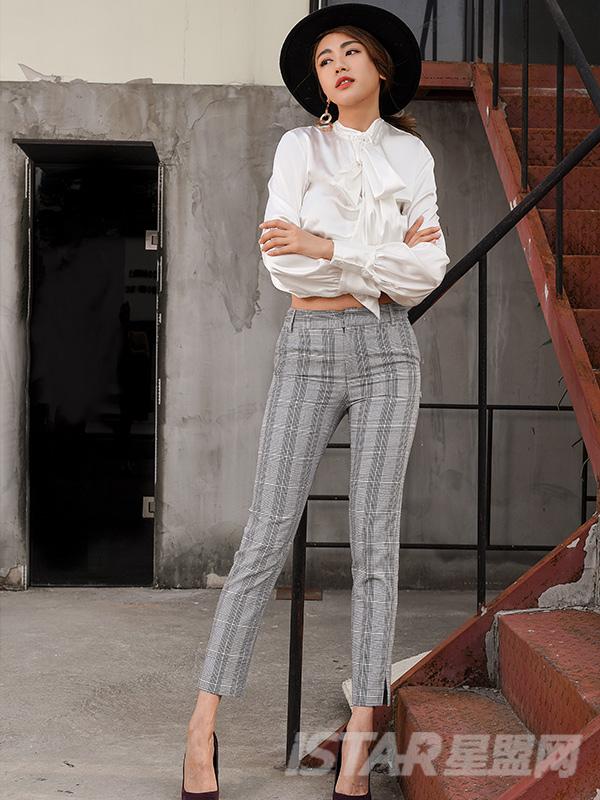 格纹修身西装裤