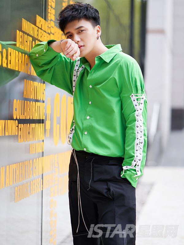 时尚系带撞色荧光绿长袖衬衫