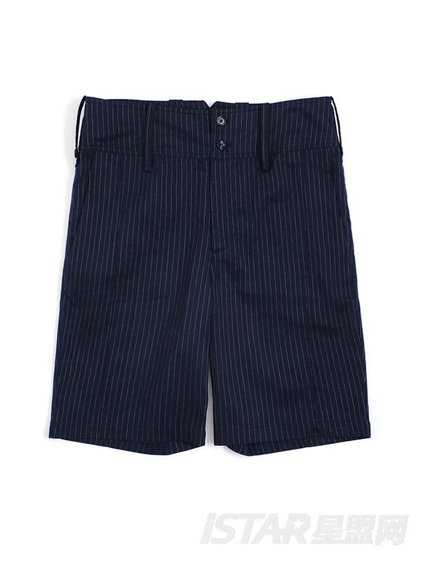 简洁时尚条纹短裤