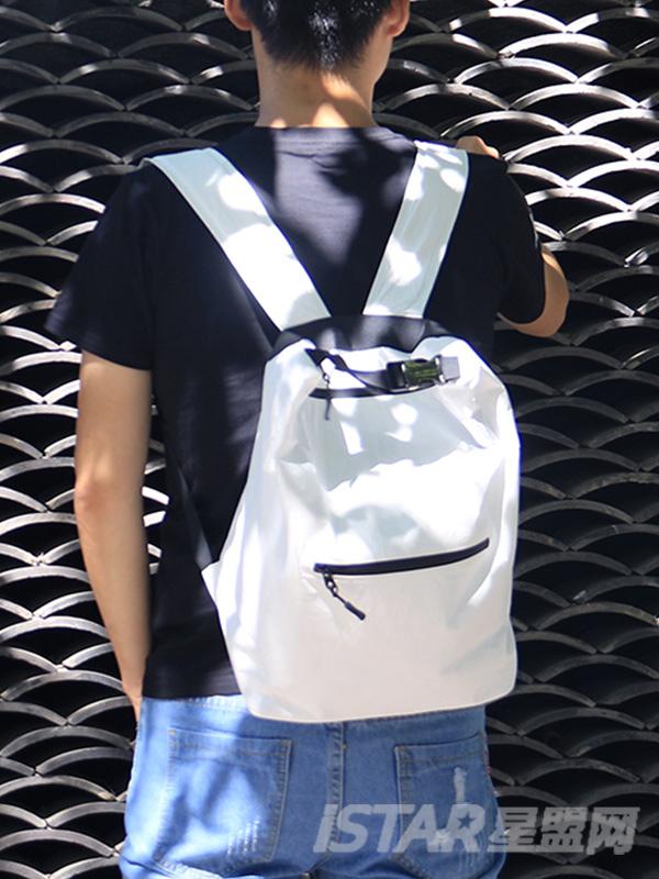 杜邦 Tyvek 双肩包
