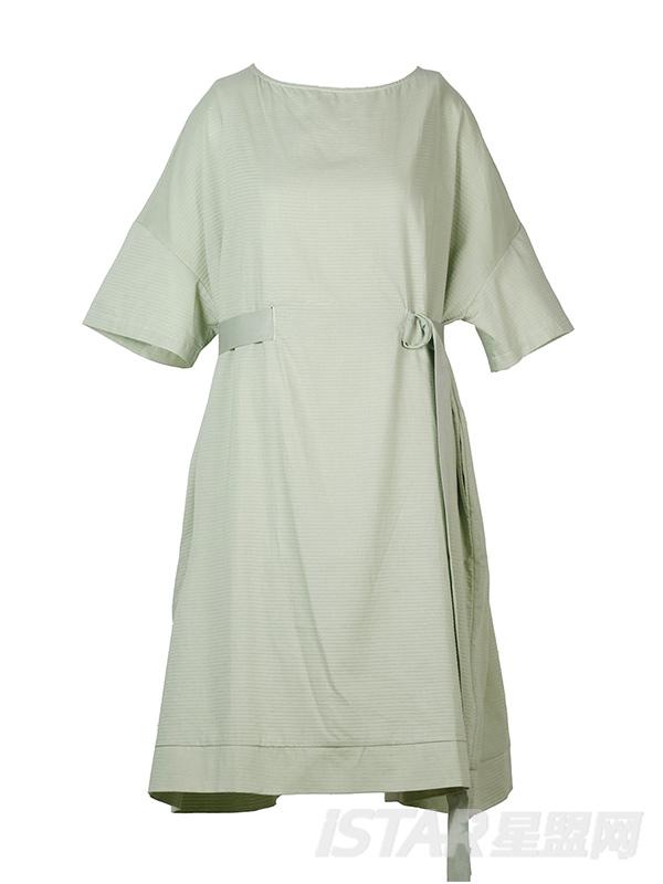 圆领细带连衣裙
